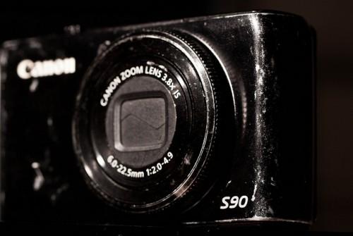 Canon S90 compacta: diafragma de 2.0 a 4.9